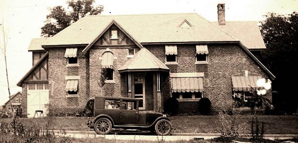 Early 1900s Hollywood-Rose Hill house