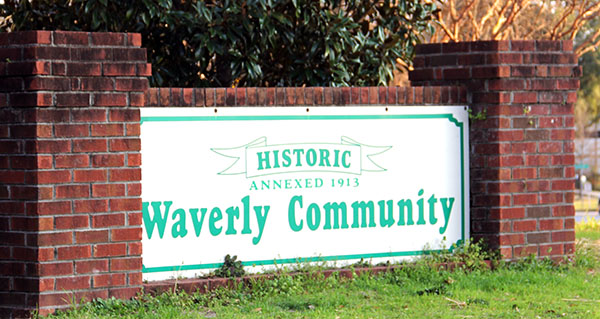Historic Waverly welcome sign